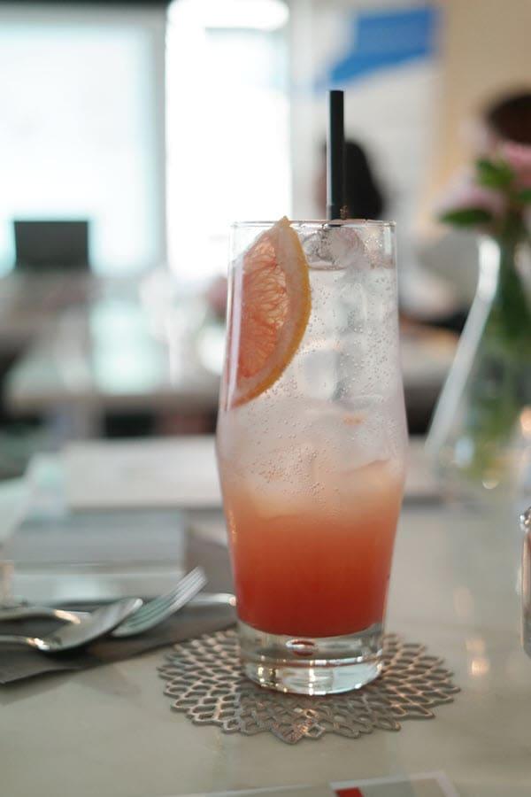 фото сока грепфрута со льдом