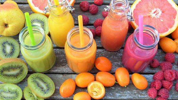фрукты и смузи