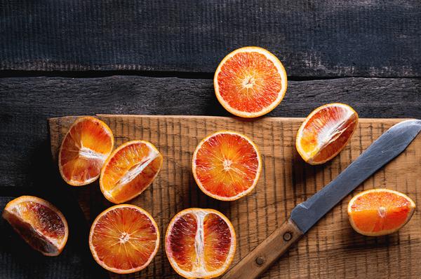 фото нарезанных кровавых апельсинов