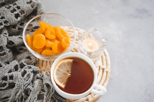 фото чаепития с сушеным абрикосом