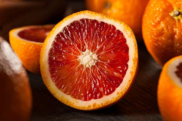 фото разрезанного плода сицилийского апельсина