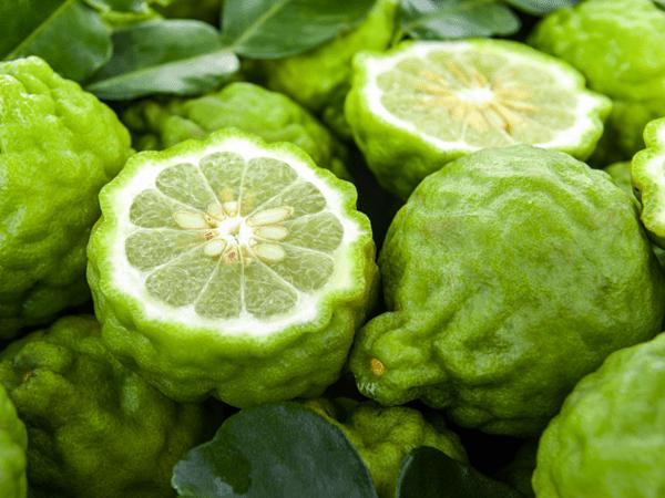 фото плодов бергамота на рынке