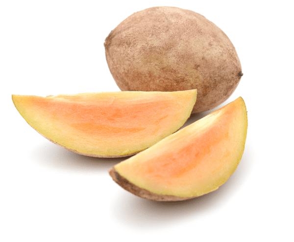 фото целого плода саподиллы и его долек.
