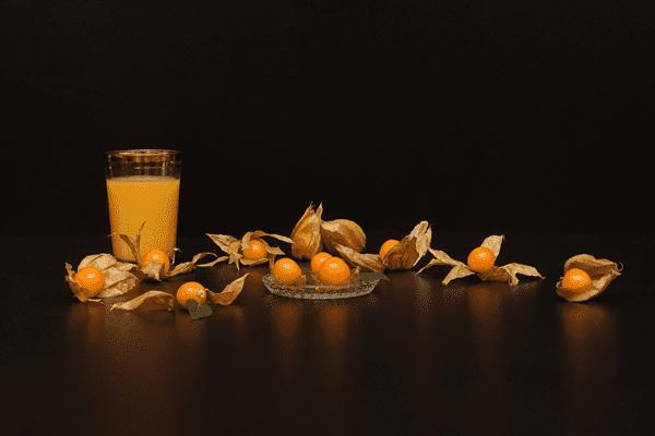 фото плодов физалиса и сока из него