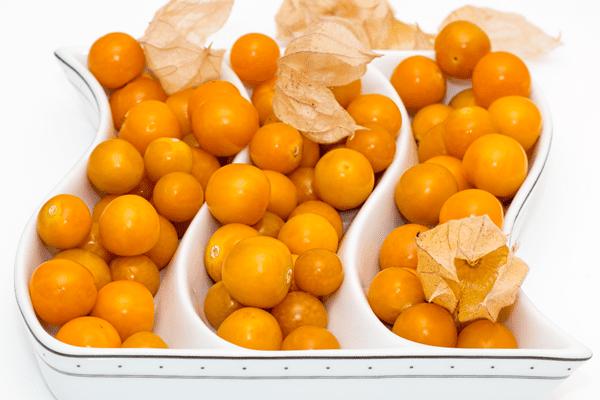 фото плодов физалиса в миске